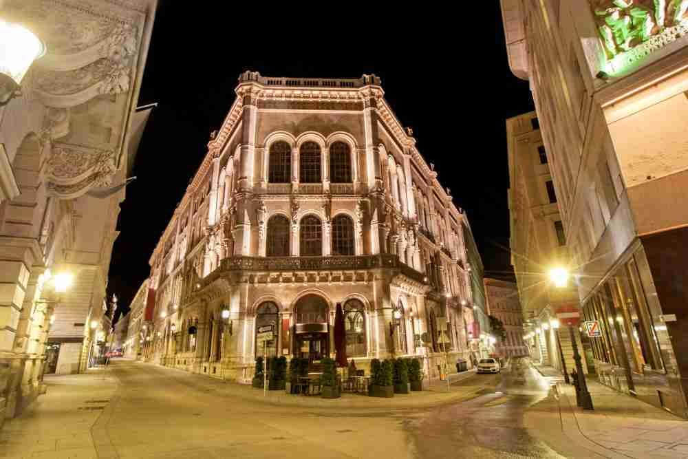 Palais Ferstel, Passage & Cafe Central in Vienna in Austria