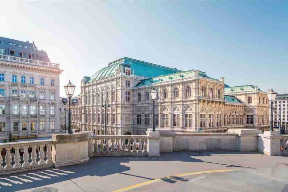 Geschichte der Wiener Staatsoper